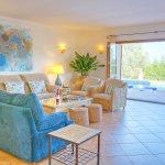 Villa Mallorca MA4680 Wohnraum mit Zugang zur Terrasse