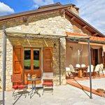 Ferienhaus Toskana TOH402 Gartenmöbel auf der Terrasse