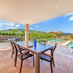 Ferienhaus Mallorca MA3481 überdachte Terrasse mit Esstisch