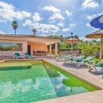 Ferienhaus Mallorca MA3481 Sonnenschirme am Pool