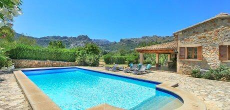 Mallorca Nordküste – Finca Pollensa 3480 mit privatem Pool und schönem Ausblick für 6 Personen, An- und Abreise flexibel – Mindestmietzeit 1 Woche.