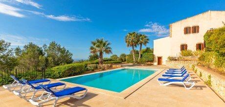 Mallorca Südost – Ferienhaus S'Horta 4760 für 8 Personen mit Pool (14m x 6m) und Meerblick, Strand = 8,5 km. An- und Abreisetag flexibel auf Anfrage – Mindestmietzeit 1 Woche.
