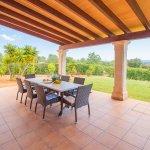 Ferienhaus Mallorca MA4770 Esstisch auf der Terrasse