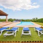 Ferienhaus Mallorca MA4770 Sonnenliegen am Pool