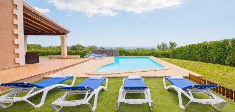 Mallorca Südostküste – Ferienhaus Cala D'Or 4770 für 8 Personen mit Pool und Meerblick, Strand = 5,5 km. An- und Abreisetag Samstag.