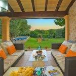 Finca Mallorca MA33777 Terrasse mit Sitzecke