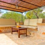 Ferienhaus Mallorca MA3966 übrdachte Terrasse mit Sitzecke