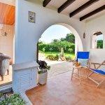 Ferienhaus Mallorca MA3970 Terrasse mit Gartenmöbeln