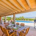 Ferienhaus Mallorca MA3034 überdachte Terrasse mit Gartenmöbel
