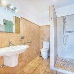 Ferienhaus Mallorca MA3034 Badezimmer mit Dusche