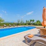 Ferienhaus Mallorca MA3034 Sonnenliegen am Pool