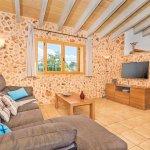 Ferienhaus Mallorca MA3034 Wohnraum mit TV