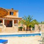Ferienhaus Mallorca MA3890 Liegen und Sonnenschirm am Pool