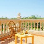 Ferienhaus Mallorca MA3890 Sitzecke auf dem Balkon