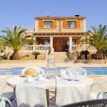 Ferienhaus Mallorca MA3890 Terrasse mit Gartenmöbel