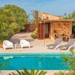 Ferienhaus Mallorca mit Swimmingpool MA1100