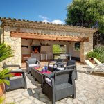 Finca Mallorca MA4313 Grillhaus an der Terrasse