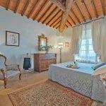 Villa Toskana TOH940 Schlafraum mit Doppelbett (2)