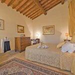 Villa Toskana TOH940 Schlafzimmer mit Doppelbett