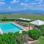 Villa Toskana TOH940 Swimmingpool im Garten