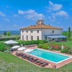 Villa Toskana mit Pool TOH940