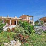 Ferienhaus Mallorca MA3355 Garten mit Blumen und Büschen