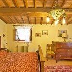 Ferienhaus Toskana TOH525 Kommode im Schlafraum