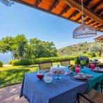 Villa Toskana am Meer TOH790 Esstisch auf der Terrasse
