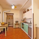 Ferienhaus Toskana TOH424 Küche mitTisch