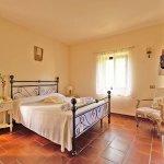 Ferienhaus Toskana TOH424 Schlafraum mit Doppelbett