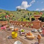 Ferienhaus Toskana TOH424 Terrasse mit Esstisch