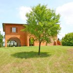 Ferienhaus Toskana TOH625 Garten mit Baeumen