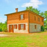 Ferienhaus Toskana TOH625 Rasen um das Haus