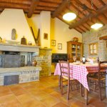 Ferienhaus Toskana TOH960 Kamin im Esszimmer