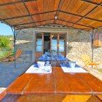 Ferienhaus Toskana TOH960 Pavillon mit Esstisch am Haus