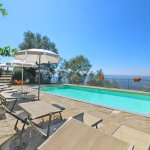 Ferienhaus Toskana TOH960 Sonnenliegen am Pool