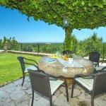 Ferienhaus Mallorca MA4831 Esstisch auf der Terrasse